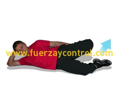 Ejercicio de estiramiento del cuádriceps tumbado lateral