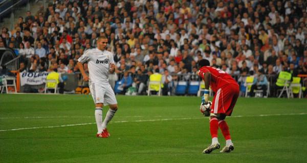 Real Benzema y portero