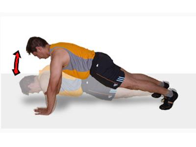 Ejercicio de flexión de brazos para fortalecer el tórax y los brazos