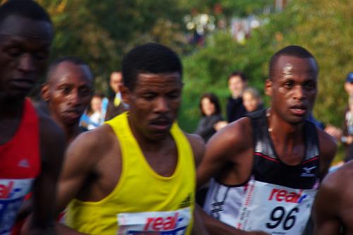 Haile Gebresselassie y su nuevo record mundial en maratón: 2horas 3 minutos y 59 segundos